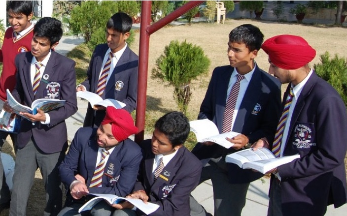 Guru Nanak Fifth Centenary School, Mussoorie Photo 2