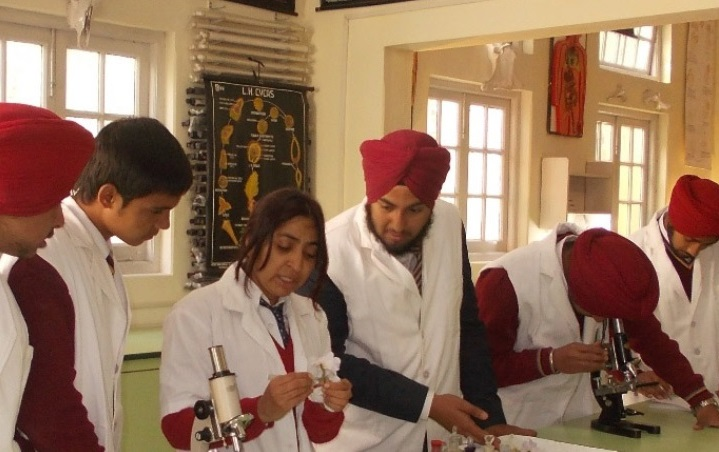 Guru Nanak Fifth Centenary School, Mussoorie Photo 4