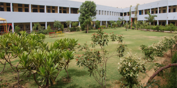 PINEWOOD INTERNATIONAL BOARDING SCHOOL